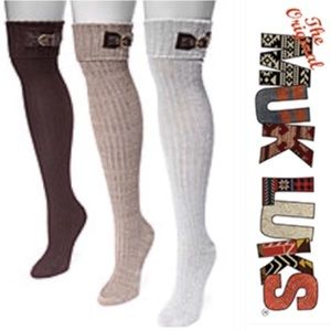 f7fee2e1002 Muk Luks Accessories - 3 Muk Luks buckle cuff over the knee socks